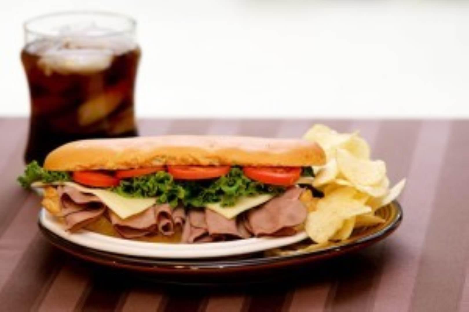 gluten free roast beef sandwich
