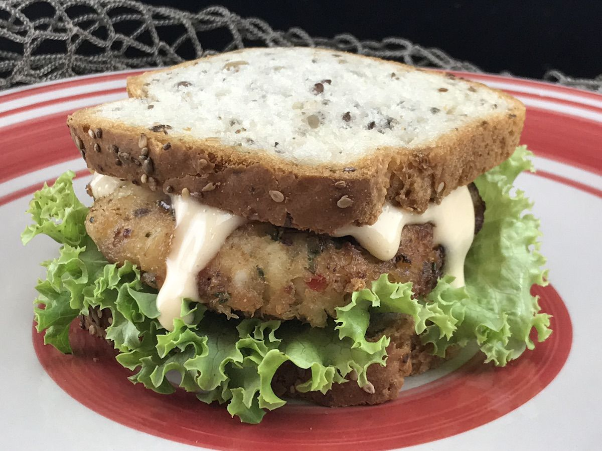 gluten free crab cake sandwich recipe